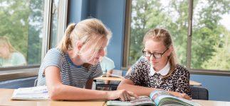 Voorlichting in Hoevelaken voor ouders van leerlingen leerjaar 2 uit Amersfoort, Barneveld en Kesteren